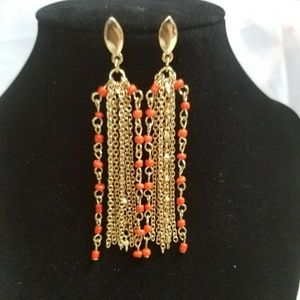 Jewelry - Gold Tone Chain With Orange Seed Bead Detail